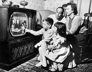 old-fashioned-tv.jpg